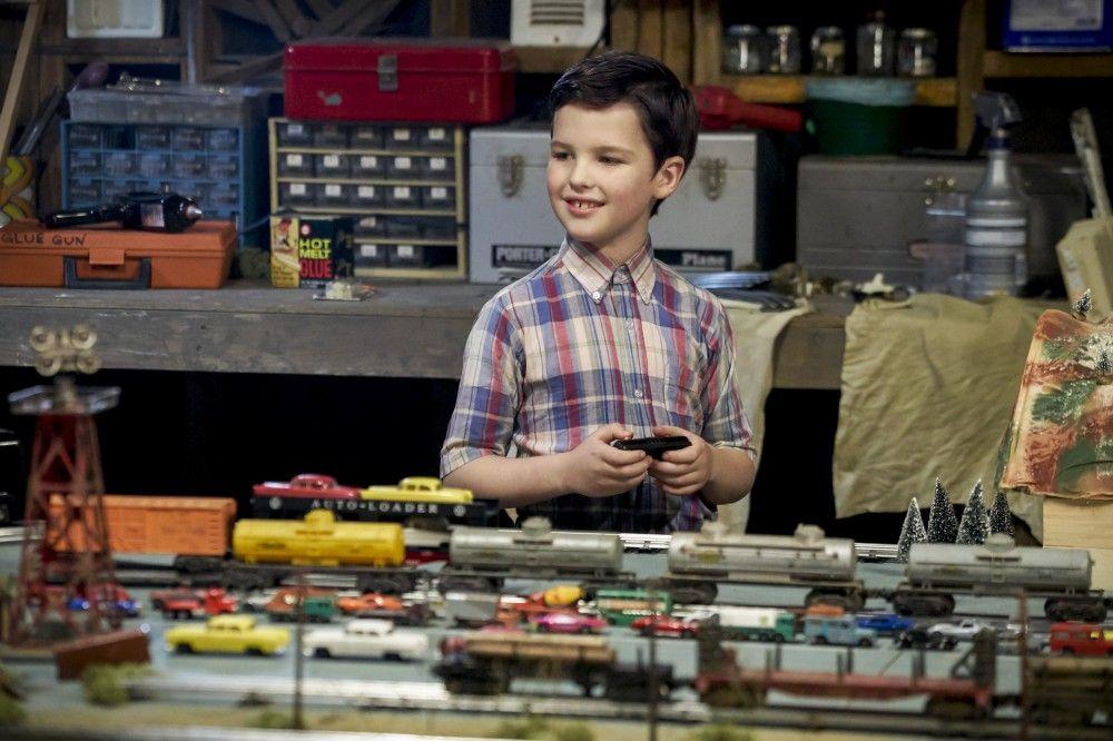 Ian Armitage interpreta a Sheldon Cooper con nueve años en 'El joven Sheldon' (Fuente: Movistar Series)