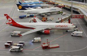 Maquetas de aviones, aeropuerto en miniatura