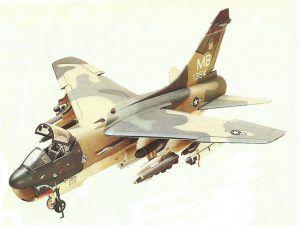 Maqueta de un bombardero estadounidense Reactor Corsair II pintado usando la técnica del camuflaje ondulado