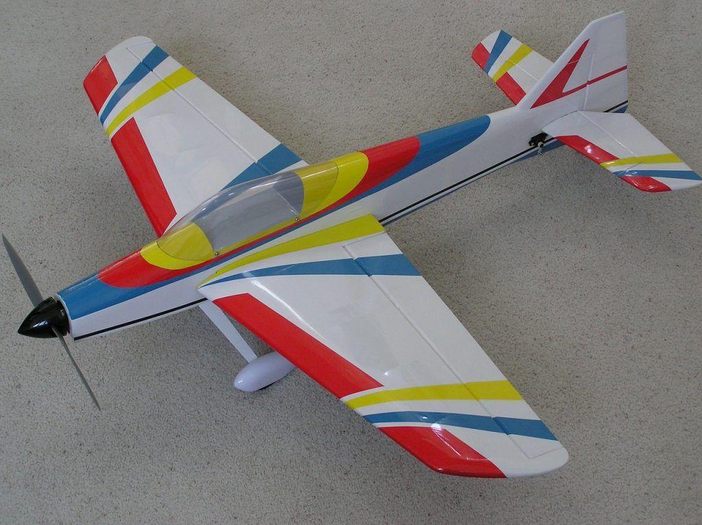 Maqueta de avión personalizada