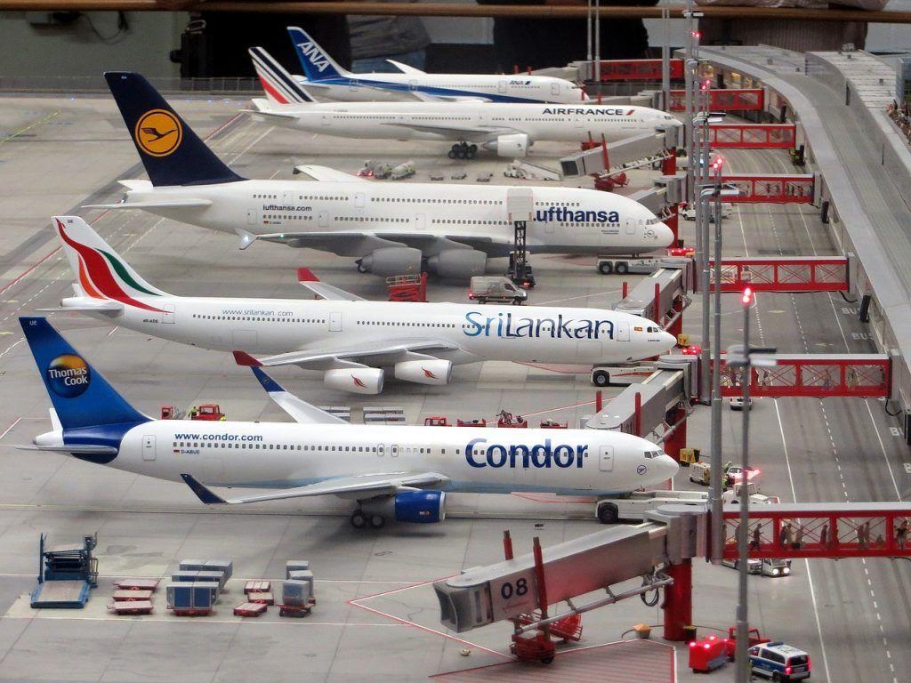 Maquetas de aviones comerciales